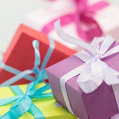Wedding Anniversary List of Gifts
